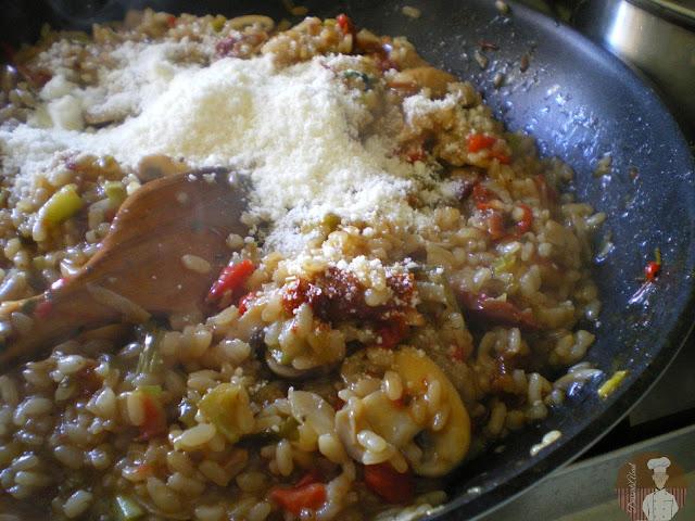 Risotto al parmesano con  champiñones, verduras y tomates secos:Elaboración