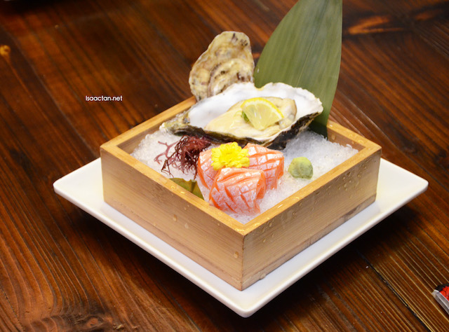 Sashimi - Fresh oyster with Salmon belly (Nama Kaki to shake Harasu sashimi)
