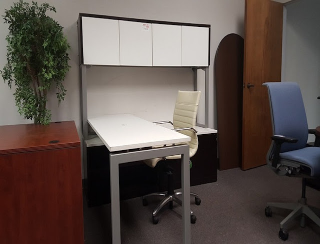 buying cheap used office furniture Near Zephyrhills for sale