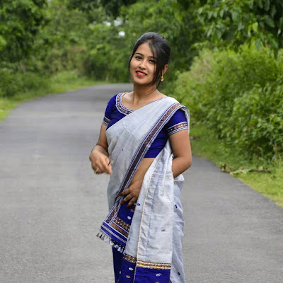 Beautiful Indian women pics