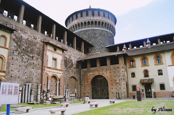 Castelul-Sforzesco-Milano-Italia-Impresii (2)