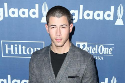 nick-jonas-favours-low-key-first-date