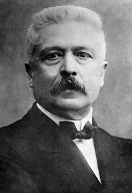 Orlando présent au traité de Versailles 1919