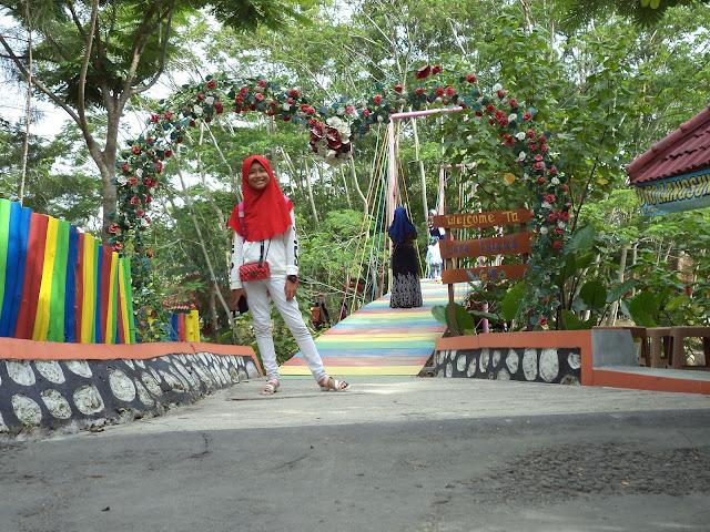 Jembatan cinta wisata wego Lamongan