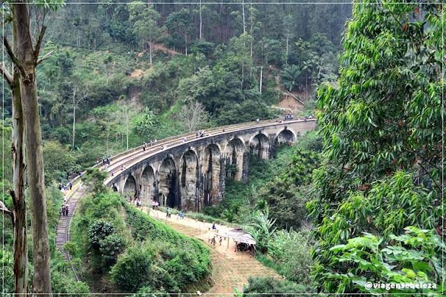 Ponte dos 9 Arcos em Ella no sri lanka