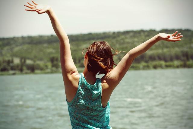 إكتشفي 10 اشياء تجعلك سعيدة في حياتكِ