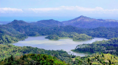 Beauty of Sermo reservoir
