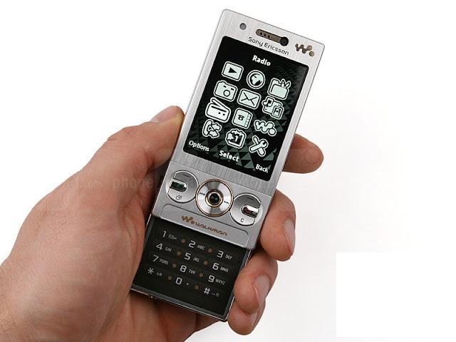 Điện thoại Sony Ericsson W705_1