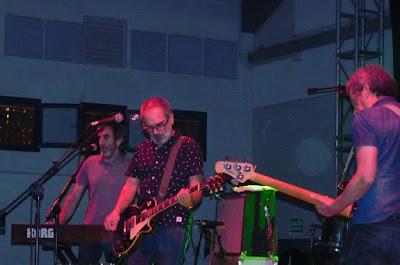 """Con los Surfin' Bichos - 25 aniversario de """"Hermanos Carnales"""" Crónica concierto Rockódromo de Pedreguer 2"""