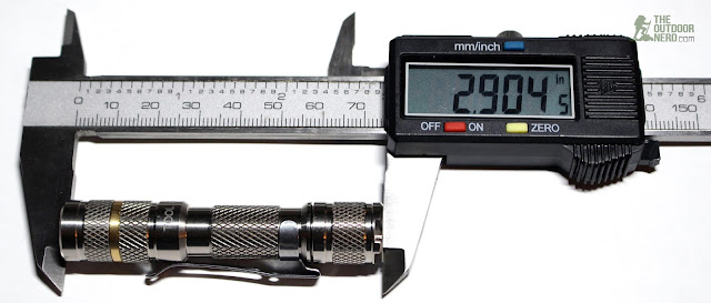 Lumintop Tool Ti AAA Flaslight - Calipers Measurement 2
