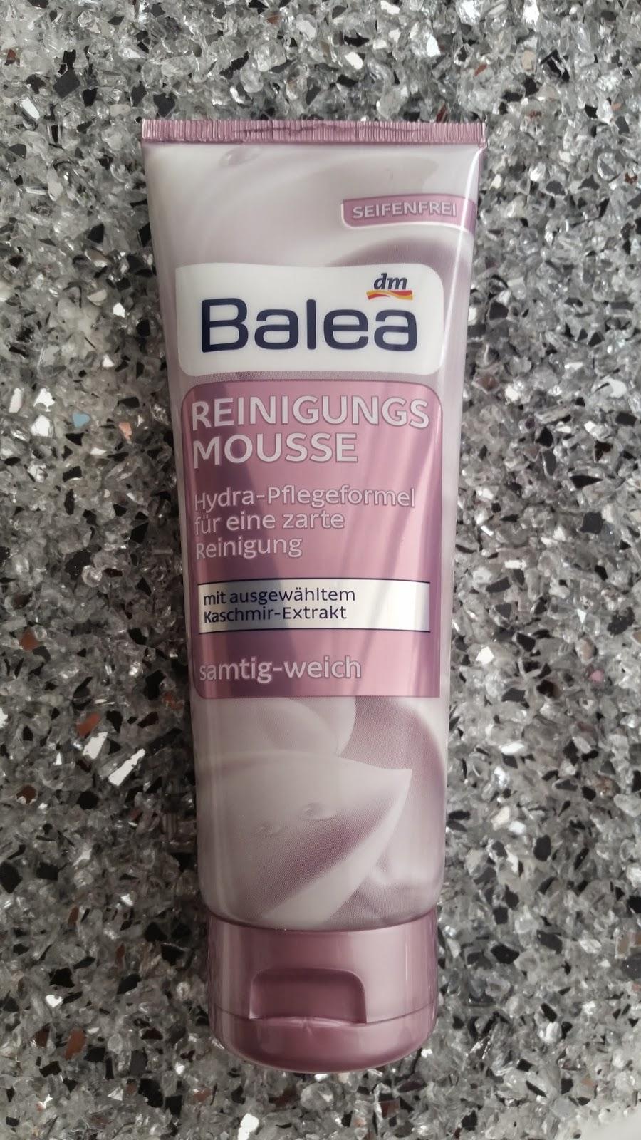 Gesichtsreinigungen von Balea Reinigungsmousse - www.annitschkasblog.de