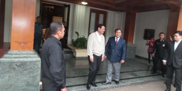 Luhut Lobi Prabowo Jadi Cawapres Jokowi?