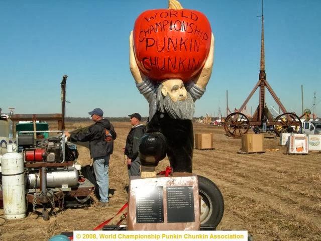A dummy promoting World championship Pumpkin Chunkin Association