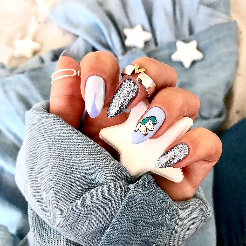 unicorn nails, zdobienia paznokci, paznokcie jednorożce