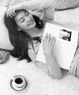 Gambar Shin Min Ah, Pelakon, Artis Korea, Korean Artist, Model, Duta Produk, Gambar Shin Min Ah dalam Majalah, Shin Min Ah In Magazine, Sweet and Cute Shin Min Ah,