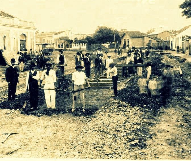 Porto Alegre: Rua 24 de Outubro, construção, 1907