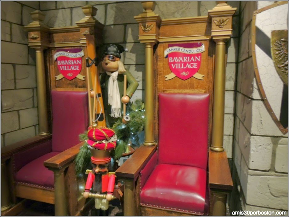 Yankee Candle Village: Tronos en el Nutcracker Castle