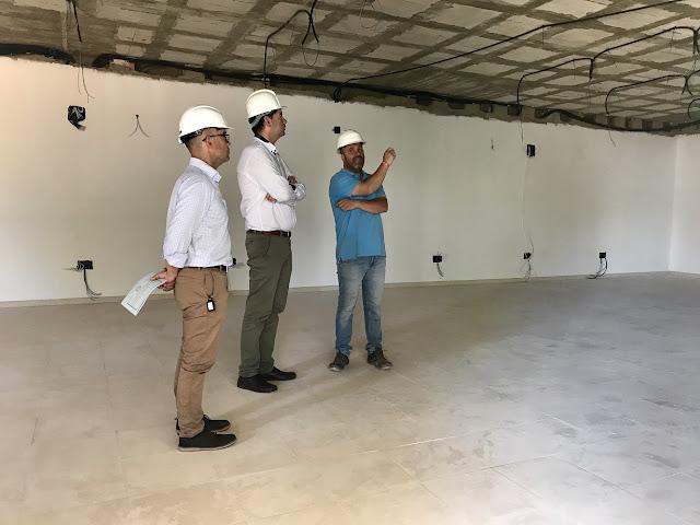http://www.esvalverde.com/2018/06/edificio-empleo-aula-formacion-final.html