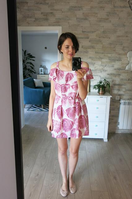 Tropical cold shoulder dress   Sukienka