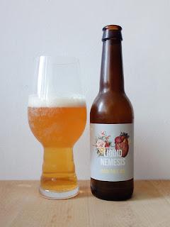 The Flying Inn Liquid Nemesis IPA Valladolid dorado y en botella