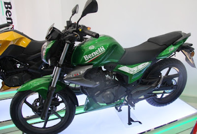Benelli TNT 15 pictures