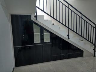 Bawah tangga minimlais
