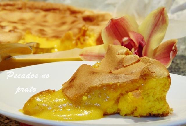 Pão de ló de Alfeizerão, um bolo fofo, cremoso e húmido