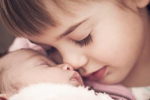 Berapa Jarak Umur Yang Sesuai Untuk Mendapat Adik Bagi Si Abang Atau Kakak?