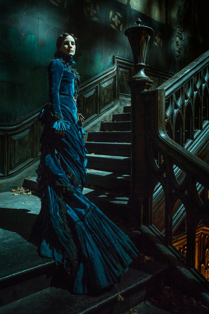 Crimson Peak Teaser Trailer
