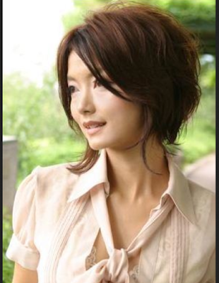 Gaya Rambut Pendek Wanita Korea dengan Layer