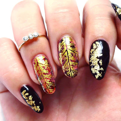 Lavishly Leafed Nails