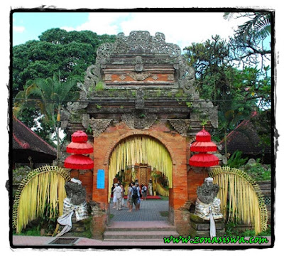 Sejarah Kerajaan Bali, Raja-raja Kerajaan Bali, Berdirinya Kerajaan Bali, Kejayaan Kerajaan Bali, Runtuhnya Kerajaan Bali, Peninggalan Kerajaan Bali, Kehidupan Politik Kerajaan Bali, Kehidupan Sosial Budaya Kerajaan Bali, Kehidupan Ekonomi Kerajaan Bali.