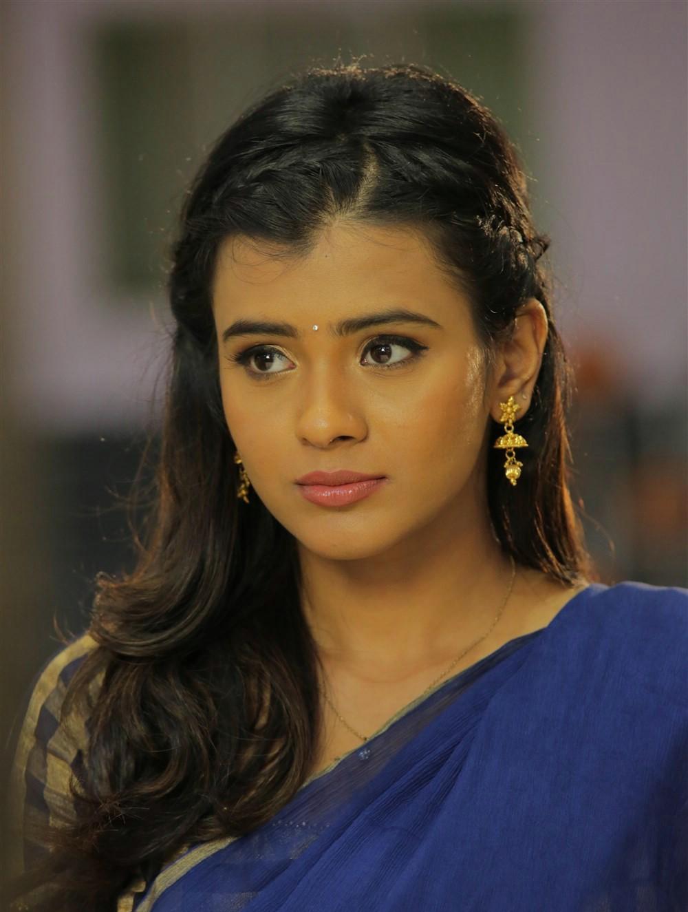 Actress Hebah Patel Hot Stills In Blue Half Saree