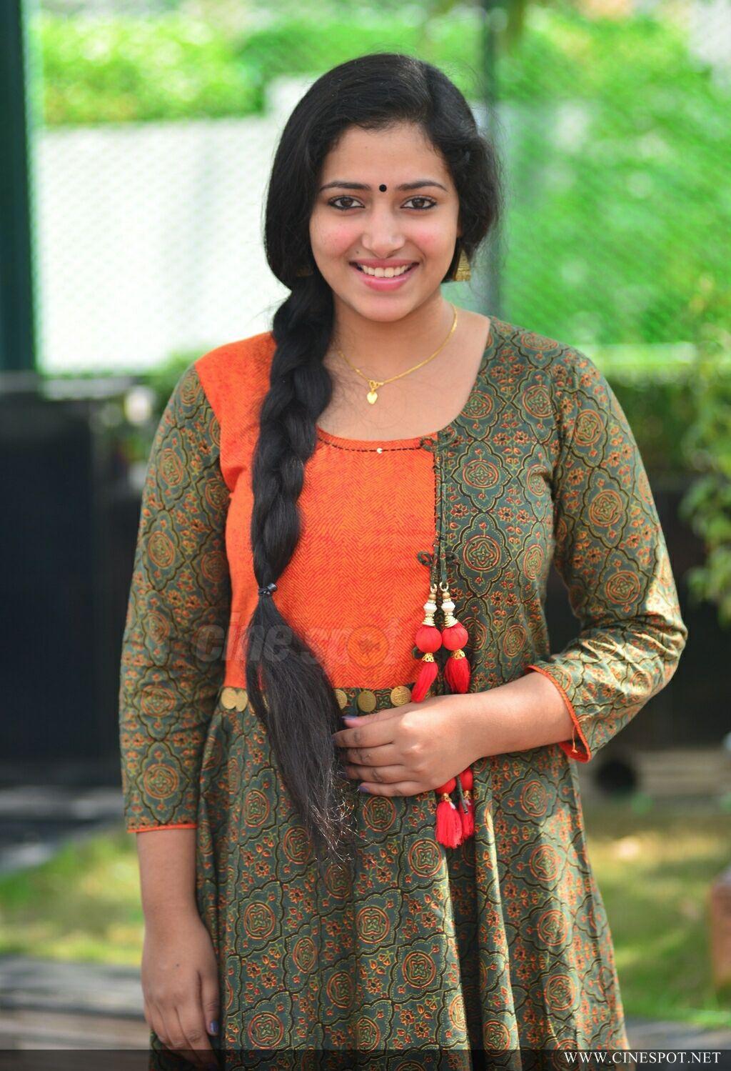 Bold Glamor Beautfull Actress Wallpapers Anu Sithara -4557
