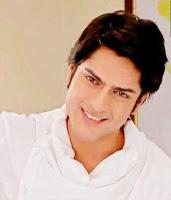 Biodata Ashish Kapoor pemeran Pak Khanna ( Bapa Paridhi )