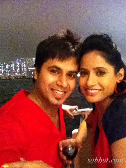 Hot Miss pooja unseen pictures with her brother ricky