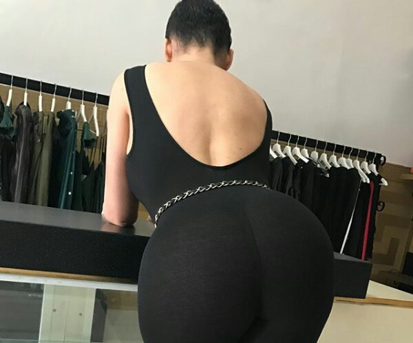 Caroline Danjuma shows off her massive butt in new photo