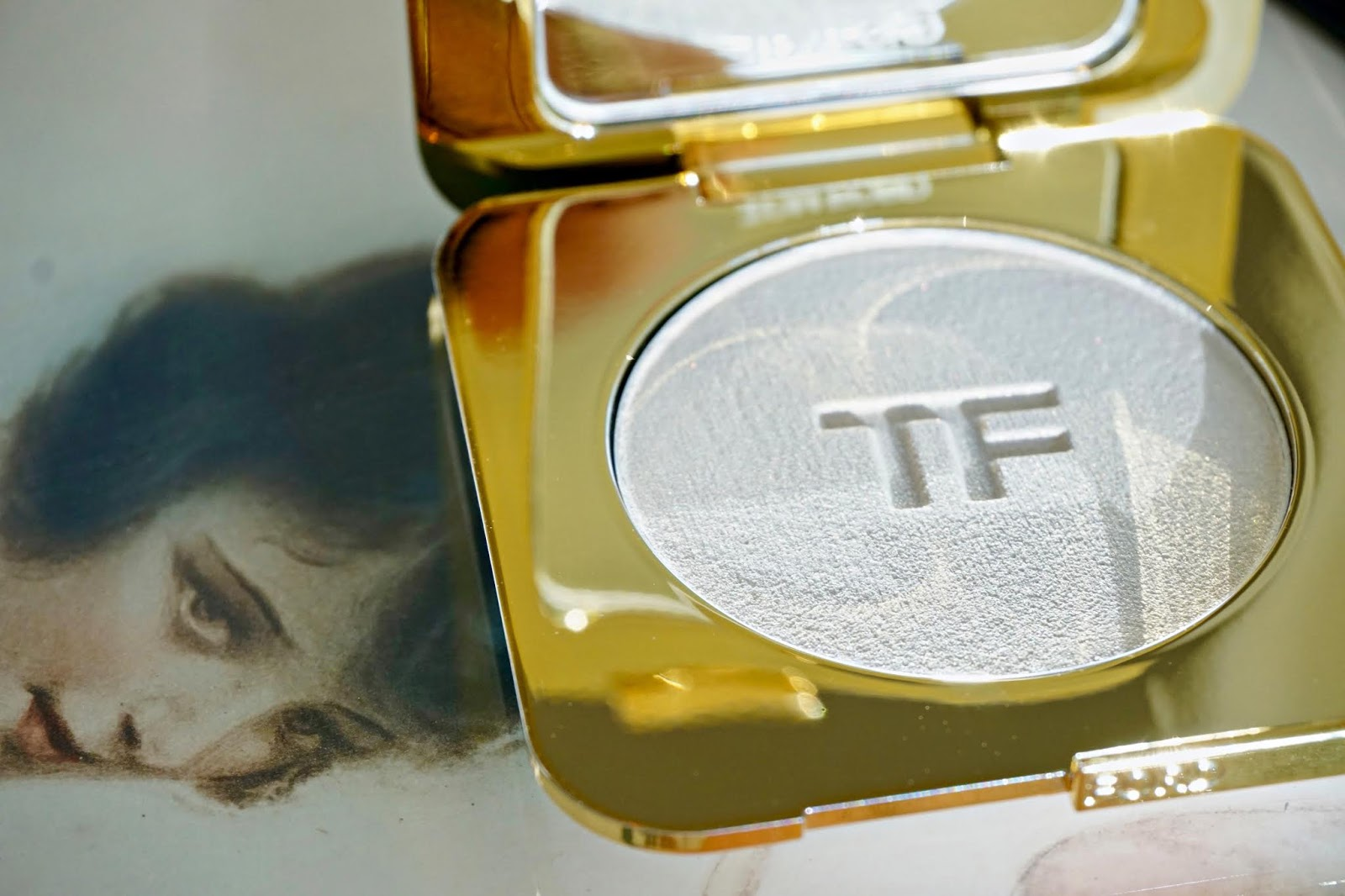 tom ford gilt glow powder