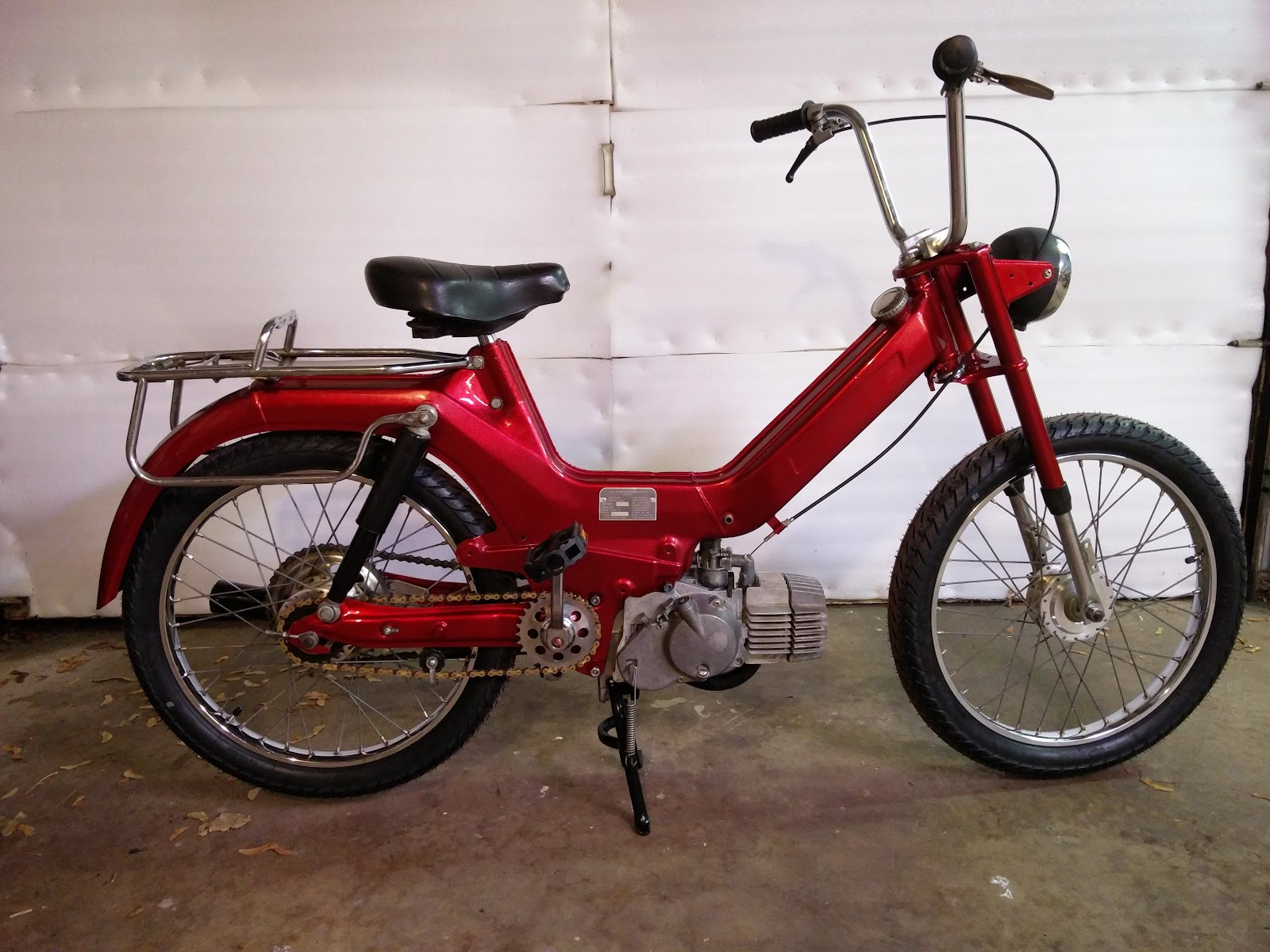 Cornped: Puch Maxi finished