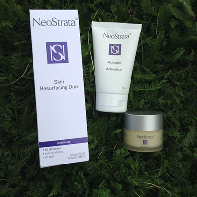 NeoStrata Skin Resurfacing Duo facial scrub #Review #Giveaway