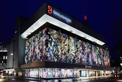 Design von Michel Comte, Breuninger Stuttgart