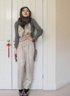 11 Jumpsuit Untuk Wanita Berhijab Paling Cocok Tuh Ada Disini