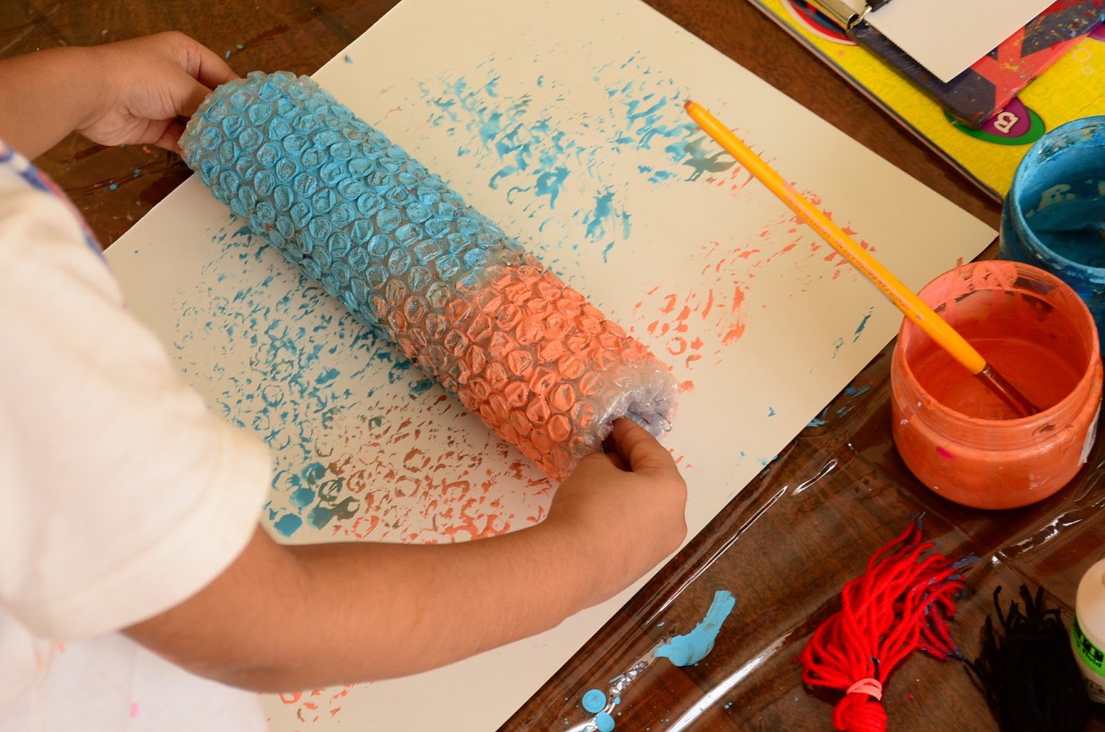 The Practical Mom: Paint with Bubble Wrap