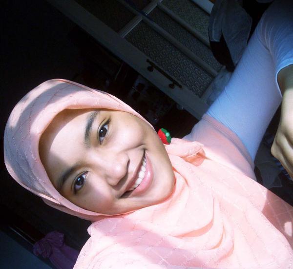 foto cewek jilbab asal lowayu dukun gresik dan senyum