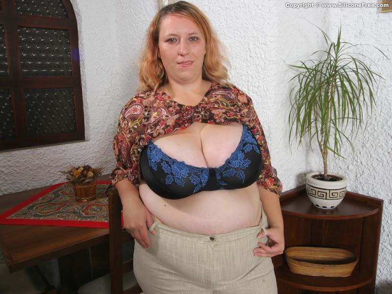 Nude Pix Gals chubby amateurs