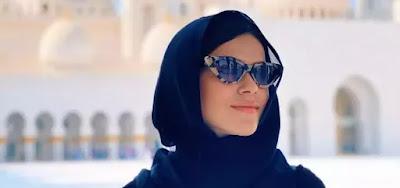Maisa está de férias nos Emirados Árabes Unidos