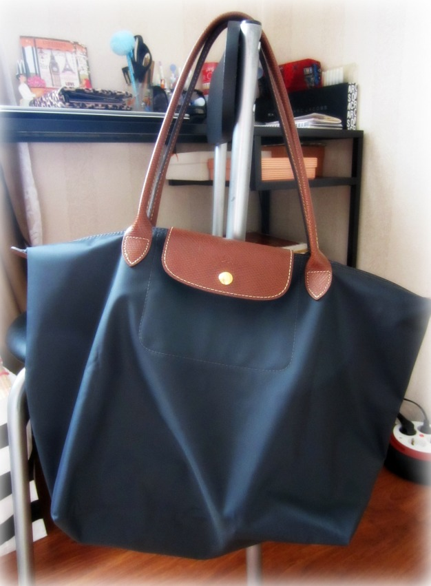 Review Longchamp Le Pliage Tote Llh In Gunmetal