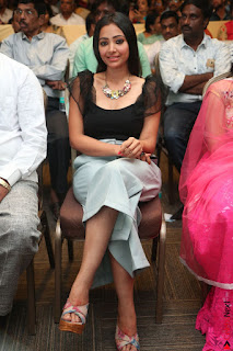Swetha Basu in a Black Sleeveless Top Long Skirt at Mixture Potlam Movie Audio Launch 018.JPG