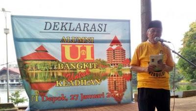 Taufik Ismail: Tahun Ketiga Jokowi Mirip Kebangkitan PKI
