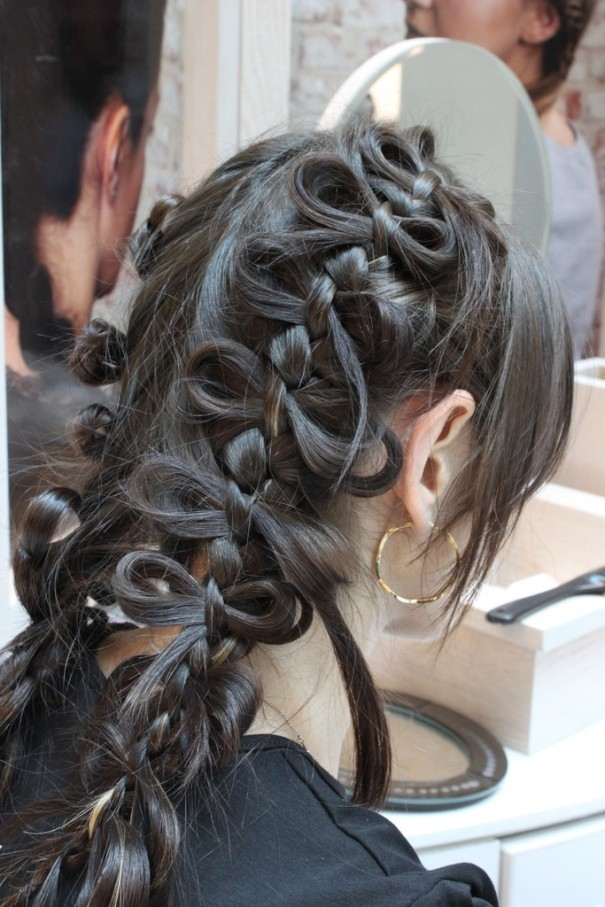 Dazzling Long Hair Styles For Girls